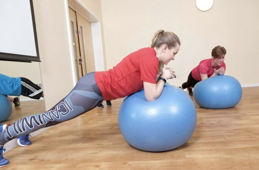 FITBALL & CORE EXERCISE CLASS | POINT4 GYM HEREFORD